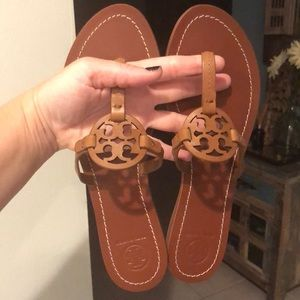 Authentic Tory Burch Tan Minnie Miller's